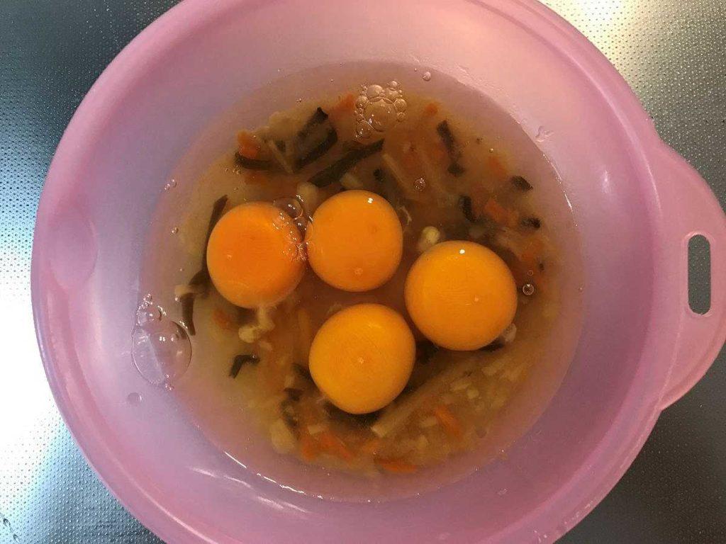 かに玉の具材に4個の卵入れた